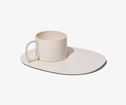 HOLLOW HANDLE CUP WITH TRAY