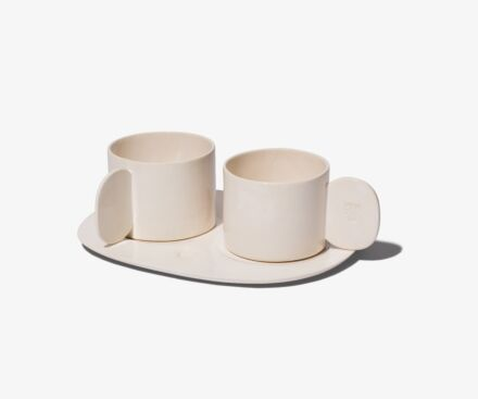 2 cups full handles with tray