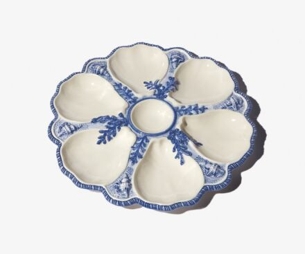 Blue oyster plate