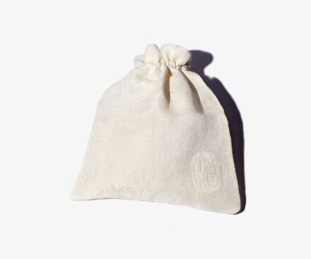 """Large cream """"Lys"""" travel pouch"""
