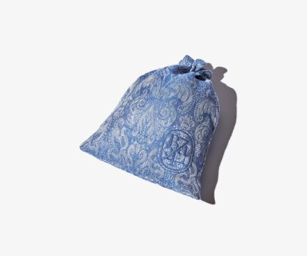 Small blue Lys travel pouch