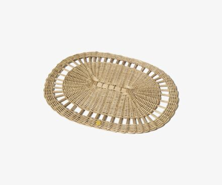 Oval rattan place mat