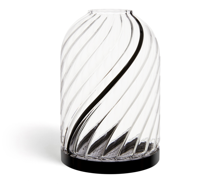 Glass candle holder for classic candles